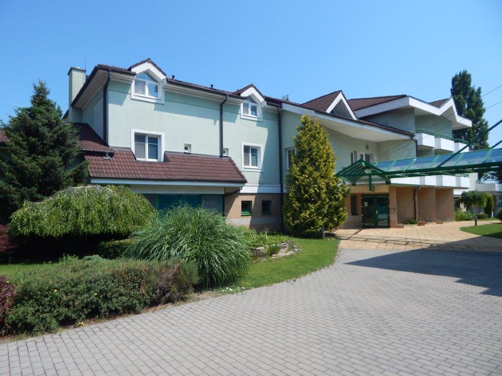 D O A S vám ponúka ubytovanie v bezprostrednej blízkosti Seneckých jazier